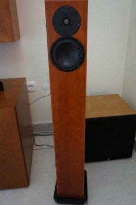 Напольная акустика Totem Acoustic Arro cherry