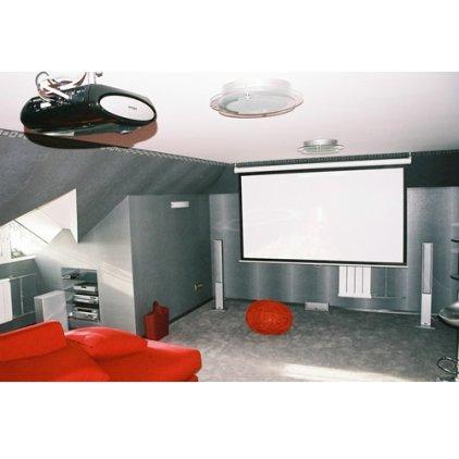 Комплексная установка и настройка домашнего кинотеатра на базе проектора