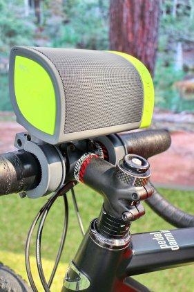 Портативная акустика Nyne Cruiser green/grey
