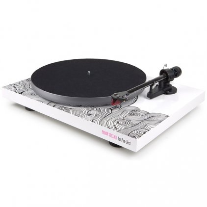Проигрыватель винила Pro-Ject Debut Carbon Esprit (DC) (2M Red) Special WAVE