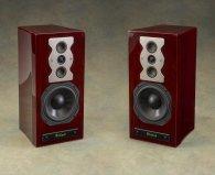 Полочную акустику McIntosh XR50 red walnut
