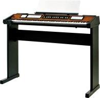 Синтезатор и пианино Roland C-200