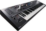 Синтезатор и пианино Roland VR-09