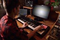 Клавишный инструмент Roland FA-06