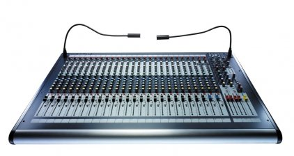 Микшер Soundcraft GB2