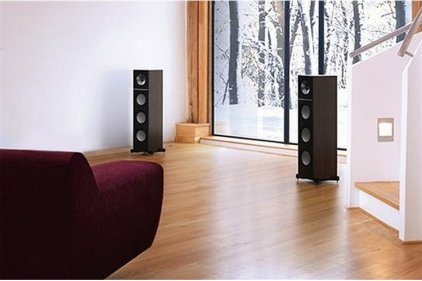 Напольная акустика KEF Q900 walnut vinyl