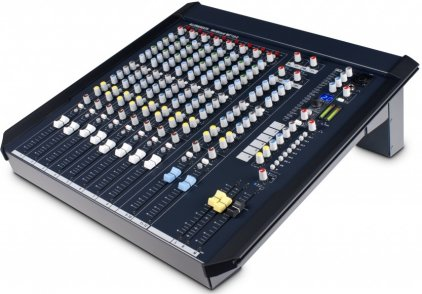 Микшер Allen&Heath WZ4 12
