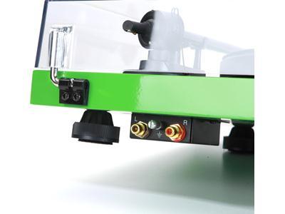 Проигрыватель винила Pro-Ject Debut Carbon (DC) green (Ortofon OM10)
