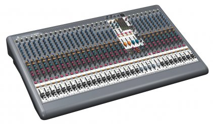Микшер Behringer XL3200