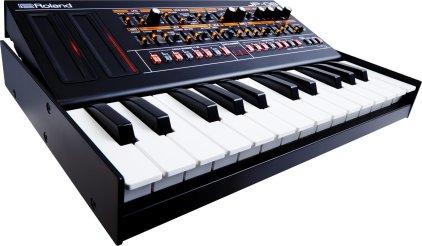 Клавишный инструмент Roland JP-08