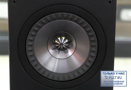 Полочная акустика KEF Q100 black oak vinyl