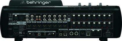 Микшерный пульт Behringer X32 Compact