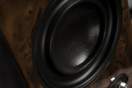 Полочная акустика Wilson Benesch Square 1 Loudspeaker burr walnut