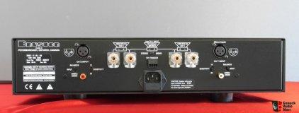 Усилитель звука Bryston 2B-SST-2 silver