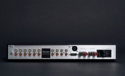 Стерео предусилитель Densen Beat-250 XS black/gold