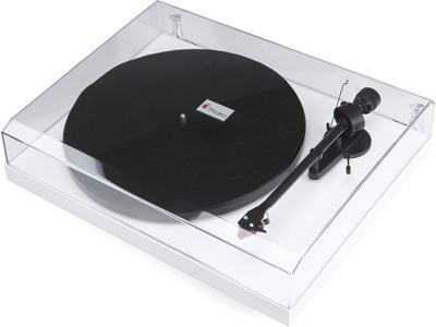 Проигрыватель винила Pro-Ject Debut Carbon (DC) white (Ortofon 2M-RED)