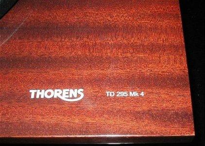 Проигрыватель винила Thorens TD 295 Mk IV mahogany (картридж AT-95E)