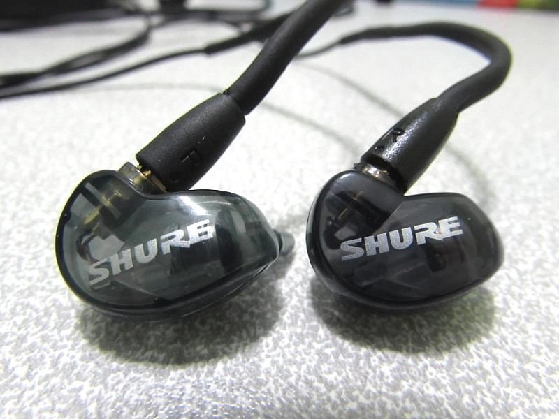 Купить Наушники Shure SE215-K-UNI-EFS в Москве e61d06f537790