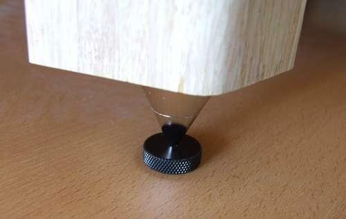 Подставки под шипы для напольной акустики