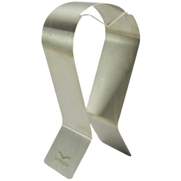 Аксессуары V-modaАксессуары<br>Подставка для наушников V-Moda Testa Headphone Stand. Компания V-Moda была основана Вэлом Колтоном в Чикаго, городе «Хаус» музыки в 2004 году. Занимаясь разработкой в течение нескольких лет, Вэл Колтон и дизайнер Джозеф Бакналл создали первые продукты V-Moda и запустили свой бренд.V-Moda, производитель высококачественных, имиджевых и стильных наушников с использованием цветного металла, пластика и обладающих великолепным звучанием. Также компания производит сменные накладки на наушники в огромном ассортименте, различных цветов и разнообразного дизайна. Существует возможность изготовления накладок из драгоценных металлов и даже с собственным дизайном.V-Moda является брендом, которому отдают предпочтение многие из самых популярных в мире ди-джеев, современных меломанов и звукозаписывающих компаний.<br><br>Страна (главный офис): США<br>Тип: подставка для наушников<br>Производитель: V-Moda<br>Цвет.: серебристый
