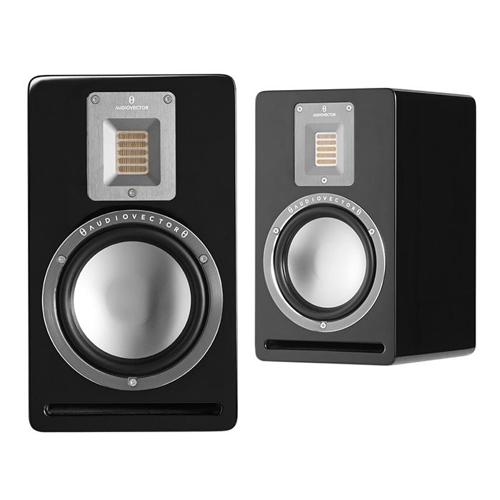 Полочная акустика Audiovector QR1 Black High Gloss