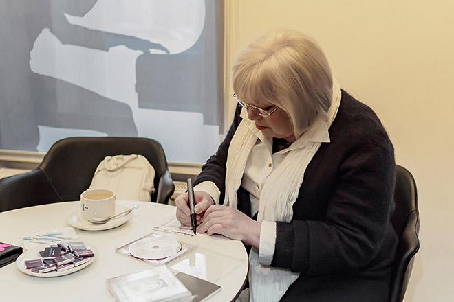Светлана Крючкова в салоне PULT.ru в Санкт-Петербурге